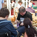 Darren Shan with fans |