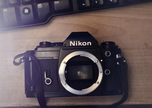 Nikon FG SLR