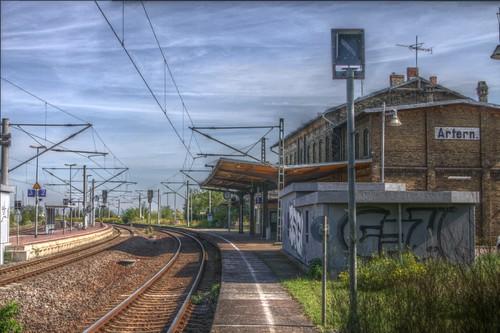 empty artern bahnhof