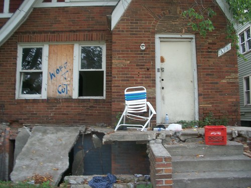 An eastside Detroit neighborhood where the Moratorium NOW! Coalition canvassed during the summer of 2011. The area illustrates the criminal character of the banks in the destruction of Detroit. (Photo:Abayomi Azikiwe) by Pan-African News Wire File Photos