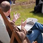 reading in the sunshine | reading in the sunshine