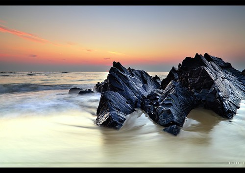 france beach rock xpro nikon long exposure normandy hdr rugged hoya cokin nd8 gnd8 d7k d7000 x121s haaghun