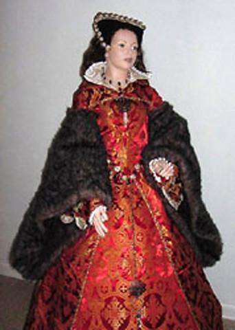 We offer Renaissance wedding garb bridal gowns wedding dresses
