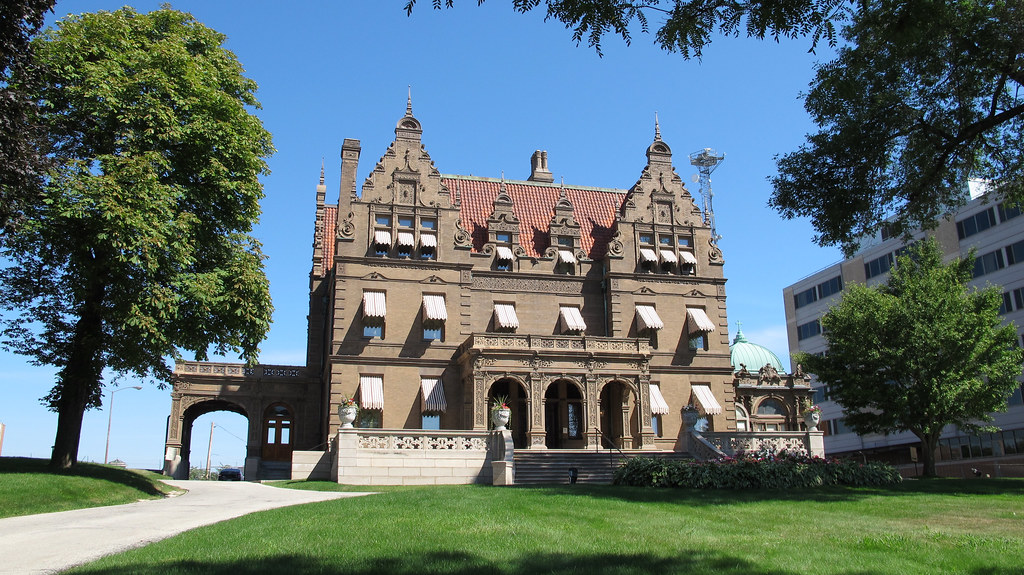 Pabst mansion in milwaukee united states
