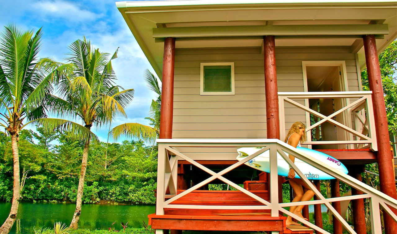 Salani Surf Resort Accomodations Samoa Surf Resort, Salani Surf Lodge Samoa
