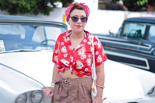 Rockabilly fashion in the street - Calafell