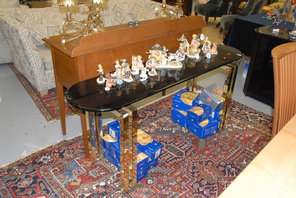 8 leg console table