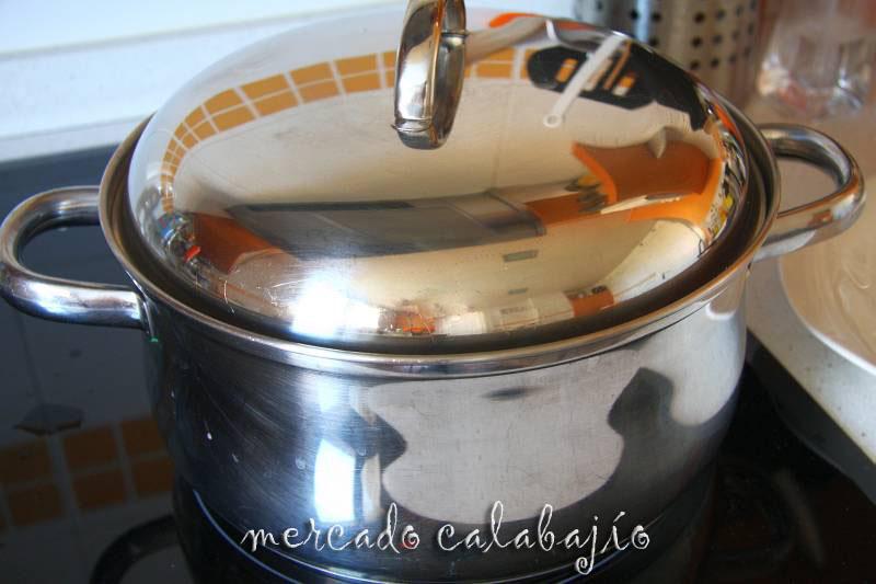 C mo cocer el pulpo en casa mercado calabaj o - Como cocer garbanzos en olla express ...