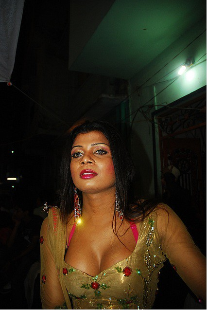 nude and hard fucking pics of poonam dhillon