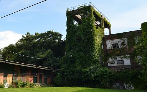 city urban abandoned newjersey factory nj mercercounty trenton coatfactory horsmandolls smcoat shurenupholstery horsmandollcompany horsmandollfactory