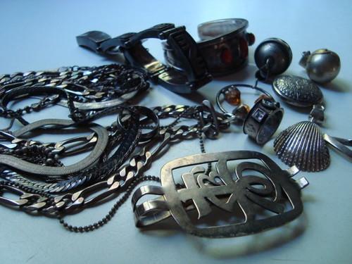 restoring tarnished silver with science i like string. Black Bedroom Furniture Sets. Home Design Ideas