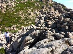 Castellu Muratu : les restes de l'enceinte Est depuis l'intérieur