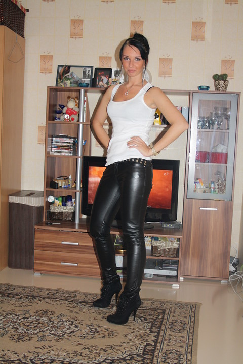 milf leather porn amateur cuckold vids