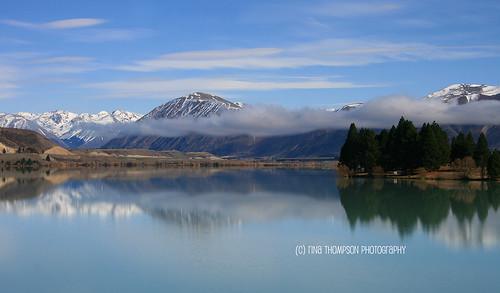 newzealand mist mountains reflection nature landscape scenery lakes scenic nz otago southcanterbury rinathompson omaramatrip