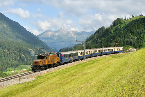 train schweiz zug 66 glacier historical ge bahn canton rhb rhätische vlak graubunden bergün expres bravuogn muot nr415