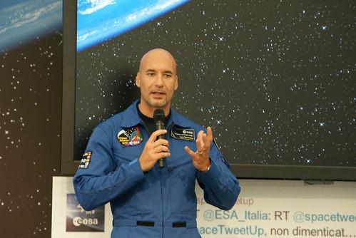 Il catanese Parmitano è nello spazio: primo messaggio per la mamma$