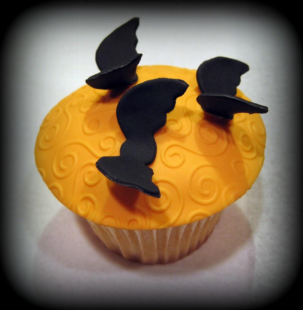 20 Tasty Halloween Cupcakes 2014 Picshunger