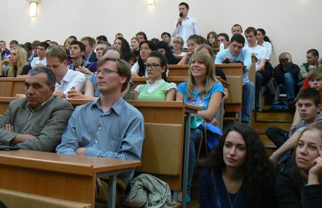 визиты послов в университеты: