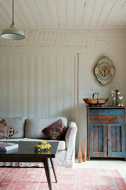 Modern Farmhouse Living Room: Red Brick Barn {vintage Rustic Modern Farmhouse Living