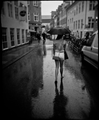 barefoot in the rain by bildministeriet