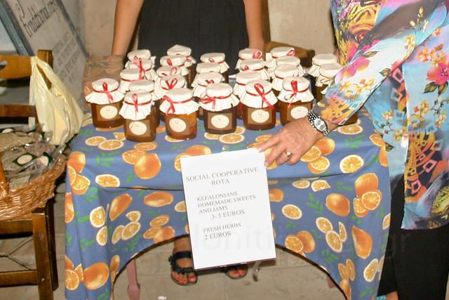 Ανοίγει το Αρμάρι τση Νιόβης (10-8-2012)