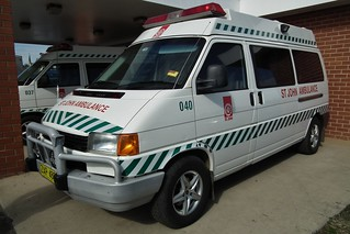 2004 Volkswagen T4 Transporter ambulance