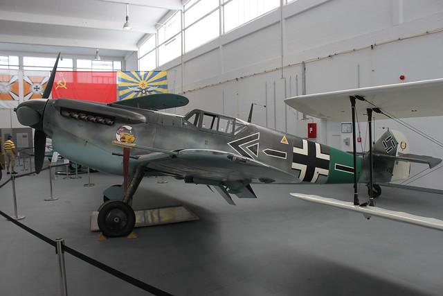 Bf109 (HA-1112-M1L Buchon)