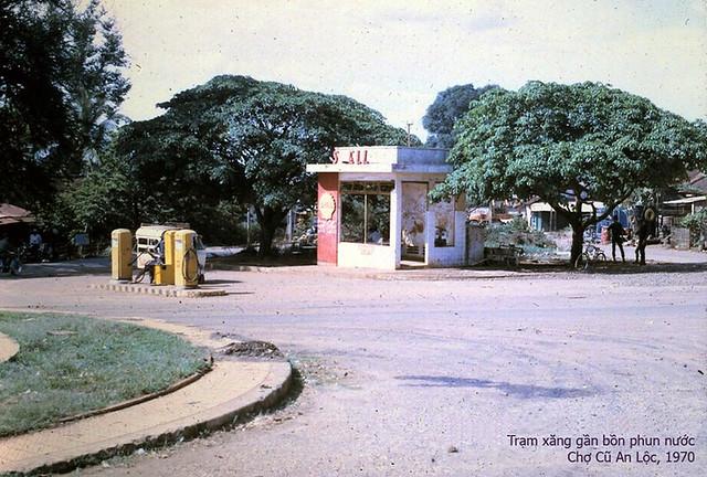 cây xăng Chợ cũ 1970