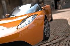 automobile(1.0), vehicle(1.0), mclaren mp4-12c(1.0), automotive design(1.0), mclaren automotive(1.0), land vehicle(1.0), luxury vehicle(1.0), supercar(1.0), sports car(1.0),