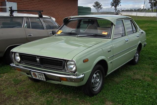 Corolla (E30) - Toyota