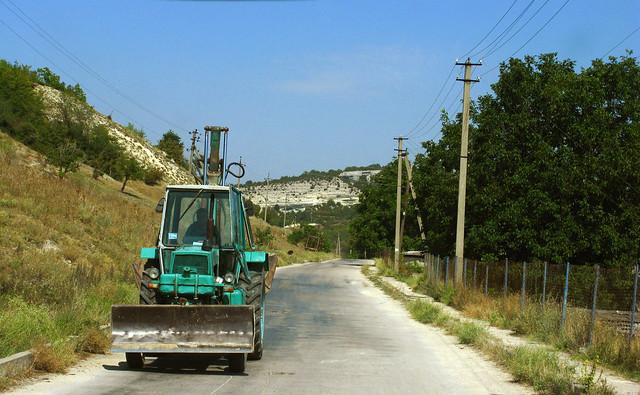 Droga asfaltowa na Krymie