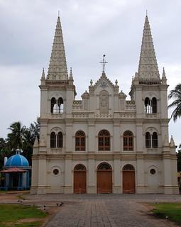 Imageof Santa Cruz Basilica. church catholic fortkochi