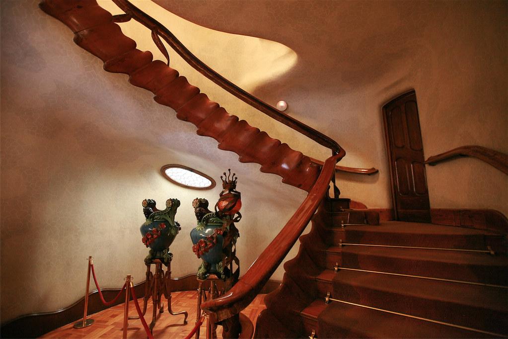 Casa Batlló: Antoni Gaudi's House of Bones