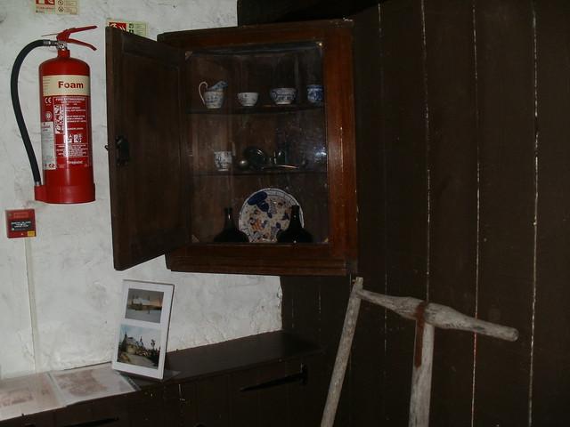 Inside John Paul Jones cottage (4)