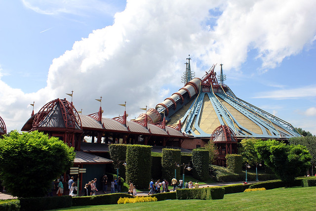 Space Mountain - Disneyland Paris