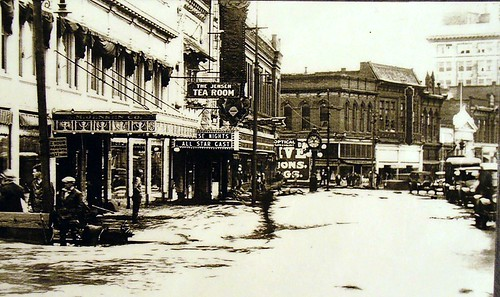 Main Street 1931  flood