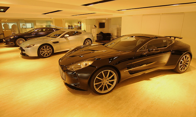 Aston Martin, ONE-77, Vantage S and Rapide, Hong Kong