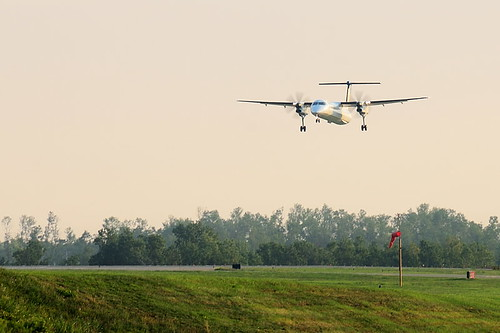 A Small Propeller Plane Landing at Buffalo Niagara International Airport (DSG_7541)
