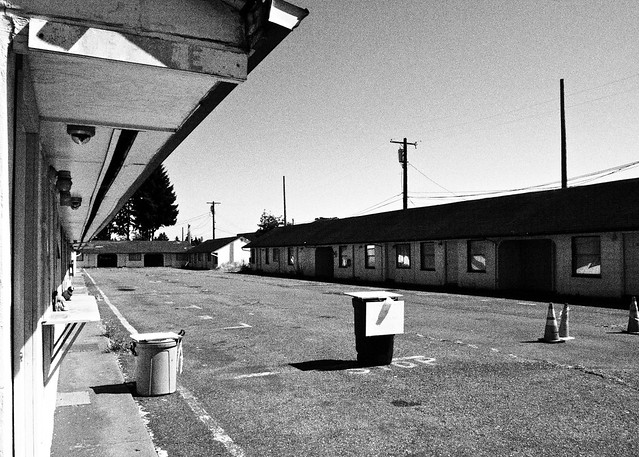 Vacant Highway 99 motel