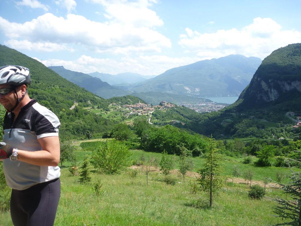Ville del monte trentino italy tripcarta for Monti del trentino