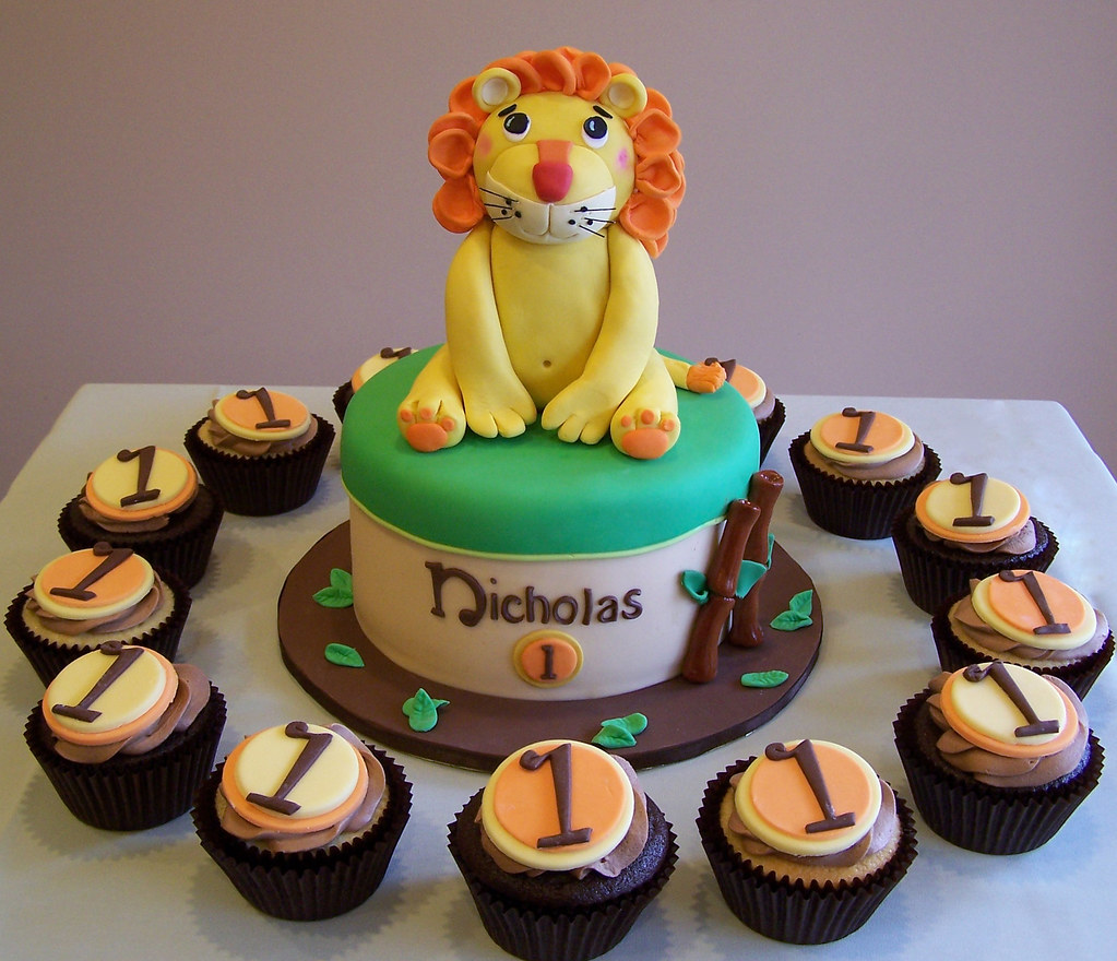 Lion Themed First Birthday Cake And Cupcakes