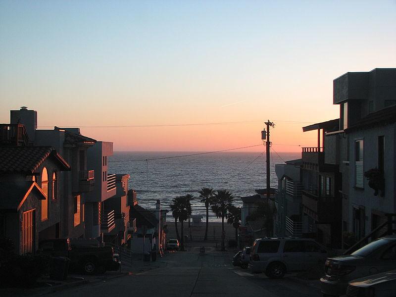 MANHATTAN BEACH, BEACHFRONT HOMES, NOT MY PHOTO