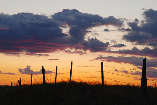 sunset cloud fence barbedwire colourful saskatchewan prairies