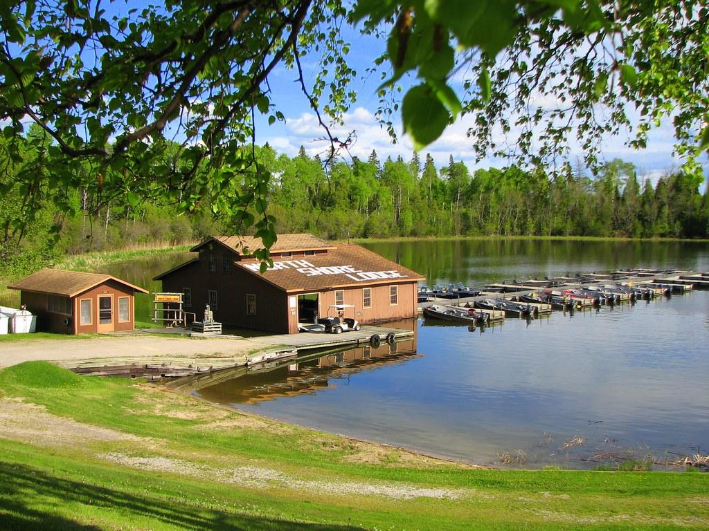 Eagle Lake Ontario Hotels
