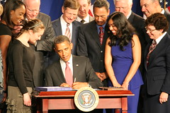 11-42 AM Obama signs the America Invents Act into Law