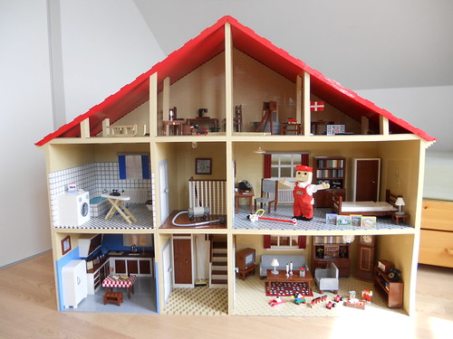 50 39 s lego mascot home the brothers brick the brothers. Black Bedroom Furniture Sets. Home Design Ideas