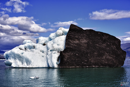 THE HIDDEN FACE OF THE ICEBERGS