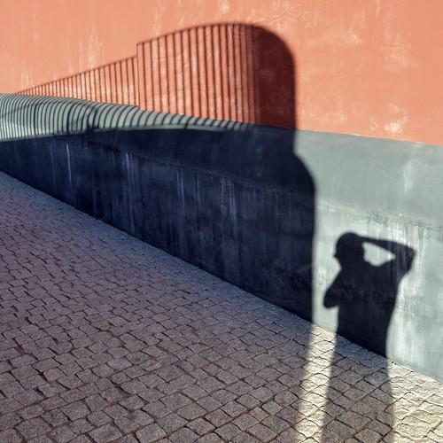 O Navio de Sombras#1 by TheManWhoPlantedTrees