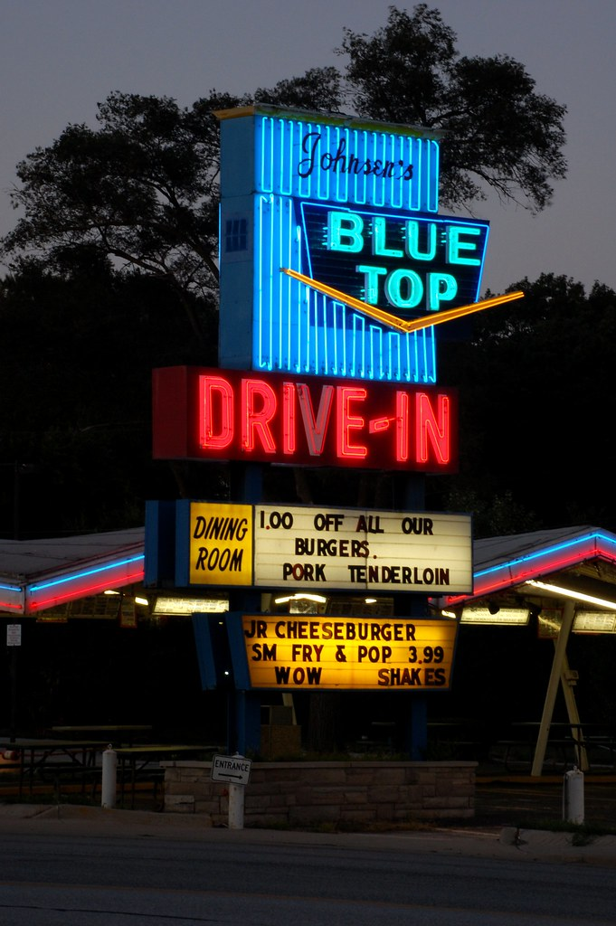 Johnsen's Blue Top Drive-In - 8801 South Indianapolis Boulevard, Highland, Indiana U.S.A. - August 27, 2011