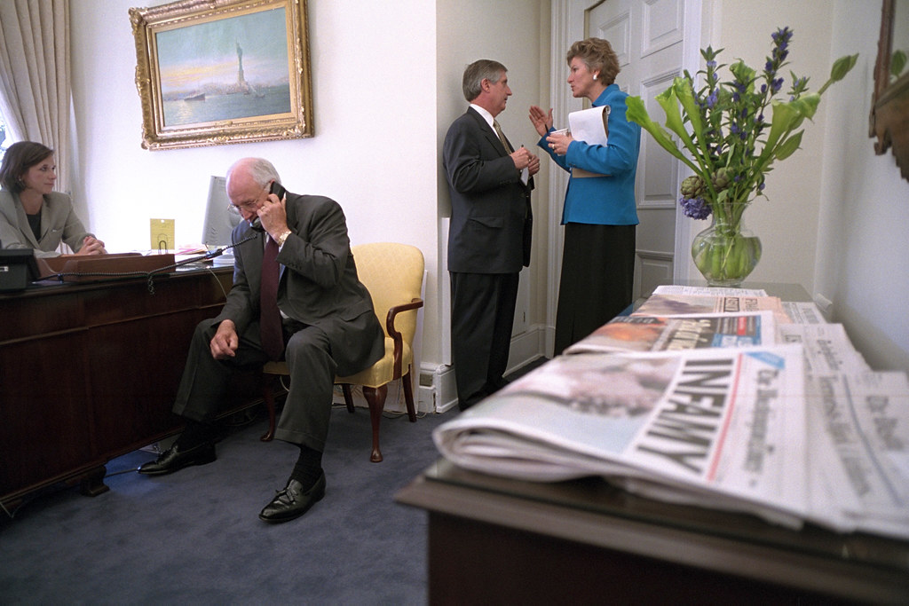 Dick cheney office photo 397